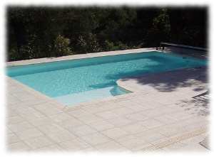 Modele de piscine desjoyaux for Construction piscine desjoyaux youtube